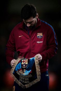 Lionel Messi prior the LaLiga match between FC Barcelona and Girona FC held at Camp Nou on February 24, 2018 in Barcelona, Spain.