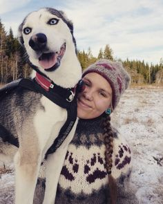 I took this picture of Emilie and Bris  today😄 @ingenkake 's grandmother knitted this wilderness sweater for her and I absolutely love it! AND the wilderness hat she is wearing, she knitted herself 😍 her first project ever!  _ #villmarksgenseren #villmarksluen #husky #huskynorge #brispåeventyr #strikkibruk #strikkegenser #strikking #knitters #knitting #knittinginspiration #knittersoftheworld #knittersofinstagram #alafosslopi #friluftsliv #natur #nature #lommedalen Wilderness, Husky, Hat, Knitting, Nature, Sweaters, How To Wear, Pictures, Instagram