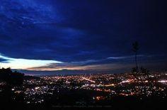 Yuk ke Bukit Nobita, Temukan Sensasi Berfoto Berlatarkan Kota Padang • infosumbar.net