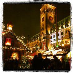 Bald ist es wieder soweit .... #Weihnachtsmarkt #Hamburg < repinned by www.BlickeDeeler.de
