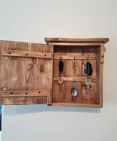 Glad transmitted kitchen cabinet ideas hop over to these guys Key Cabinet, Cupboard, Cabinet Ideas, Distressed Cabinets, Distressed Kitchen, Wooden Key Holder, Key Box Holder, Plywood Cabinets, Key Storage