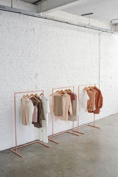 Minimal Copper Pipe Clothing Rail / Garment Rack / Clothes Storage / Retail Display Minimal Copper T