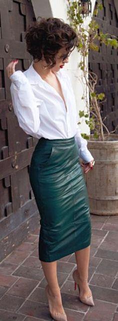 Saia lápis em couro - Pencil Leather Skirt Styling