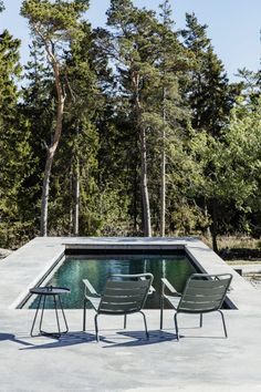 Summerhouse on Gotland Outdoor Life, Outdoor Spaces, Outdoor Living, Building Design, Building A House, Amazing Swimming Pools, Courtyard Pool, Weekend House, Backyard