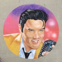 Our member @not.kate.bush won 1st place for the professional category today with her amazing Elvis drawing. #gachalkartists #gachalkart #chalkart #chalkfestival #sidewalkchalkart