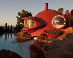 """French architect Odile Decq has completed a five-year renovation project to restore and revive the Maison Bernard, a """"bubble house"""" in the South of France designed by Hungarian architect Antti Lovag. Architecture Design, Organic Architecture, Amazing Architecture, Pavilion Architecture, Residential Architecture, Contemporary Architecture, Odile Decq, Theoule Sur Mer, Architecture Organique"""