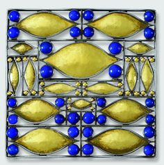 Brooch designed by Josef Hoffmann, 1907, Production by Wiener Werkstätte. Silver, Gold foiled, Lapis lazuli. Private collection, courtesy Neue Galerie New York © Asenbaum Photo Archiv