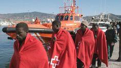 Cruz Roja: 374,000 migrantes han llegado a Europa por mar y 5,000 han muerto
