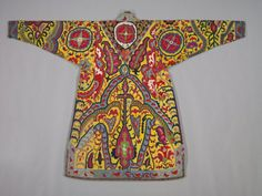 Embroidered Surcoat, Khalat, 1800s Uzbekistan, Shahr-i Sabz, 19th century silk; cross-stitch, embroidery