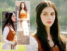 Quase todos os meses aqui no blog, procuro compartilhar os looks mais bonitos de uma personagem de alguma série que assisto. Como ...