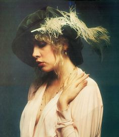 vintage everyday: Sexy Women of Rock — 20 Beautiful Portraits of Stevie Nicks in the 1970s