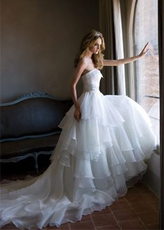 Alessandra Rinaudo Get rid of all the length and it would be just beautiful for an outdoor wedding :)
