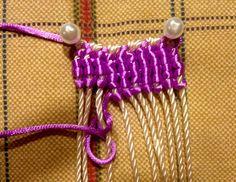 macrame vertical knots