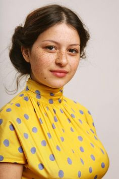 """Alia Shawkat Lo ~ Success arrived early for Alia Shawkat. Her career began at the young age of 11 when she landed a role on the ABC Family series State of Grace. She later starred as """"Maeby Funke"""" on Fox's Emmy-award winning Arrested Development. ~ She also acted in one of my favorite movies: WHIP IT!"""