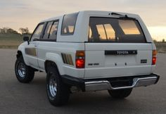 Time Machine Dream 1985 Toyota 4Runner with the removable top and roll bars!!!!!