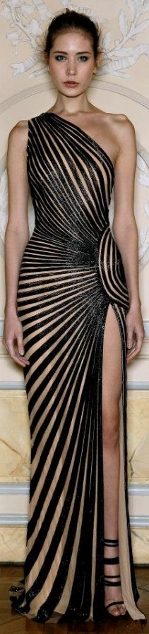 Zuhair Murad Spring 2013 Collection  ummm...can i have it as a swimsuit cover up??:) Or to wear around the house??:) I love it:) Would look great over my jezabels.