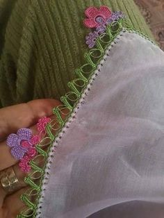 Saree Tassels, Tea Cozy, Diy And Crafts, Crochet Patterns, Embroidery, Model, Crochet Edgings, Tricot, Ideas