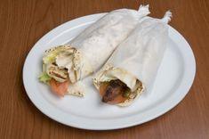 Recipe for Greek Sausage (Loukaniko) Gyros - Food: Veggie tables Gyro Recipe, Falafel Recipe, Greek Recipes, Meat Recipes, Dinner Recipes, Greek Dinners, Greek Gyros, How To Cook Beef, Best Meat