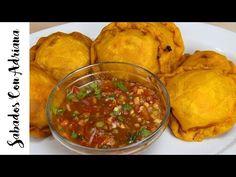 Como Hacer Pasteles de Pollo - Sabados con Adriana - YouTube My Colombian Recipes, Colombian Food, Empanadas, Salsa, Curry, Appetizers, Cooking Recipes, Lunch, Chicken