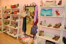 Delray Beach, Florida  Fabulous community boutiques to shop in.  Very in-trend Tootsies Fabulous Shoes... You can always find a pair of unqiue & stylish shoes here... great promotions also.