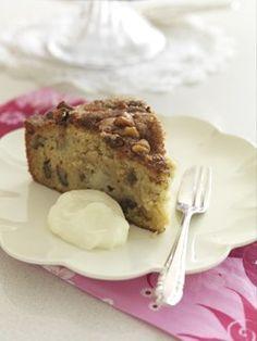 Apple & Walnut Cake