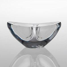 TAPIO WIRKKALA - Art glass bowl 3119 (l. 13,5 cm) in production 1956-55, for Iittala, Finland.