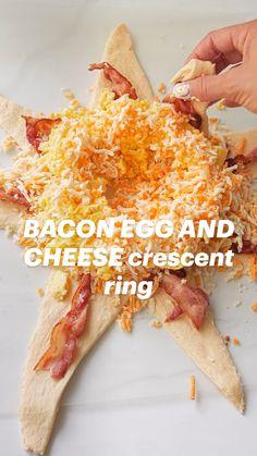Breakfast Items, Breakfast Dishes, Breakfast Appetizers, Brunch Foods, Best Breakfast Casserole, Best Breakfast Recipes, Crescent Roll Recipes, Crescent Rolls, Bacon Egg And Cheese