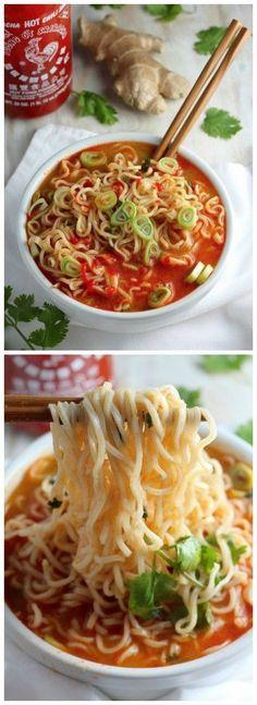 Spicy Sriracha Ramen Noodle Soup (Video) - Baker by Nature Sriracha Recipes, Spicy Recipes, Asian Recipes, Soup Recipes, Vegetarian Recipes, Cooking Recipes, Healthy Recipes, Easy Recipes, Asian Desserts