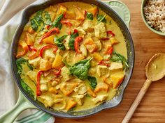 Yellow curry with chicken, spinach & butternut squash babycenter. Healthy Foods To Eat, Healthy Dinner Recipes, Healthy Eating, Simple Recipes, Clean Eating, Vegetarian Dinners, Healthy Dinners, Healthy Options, Healthy Cooking