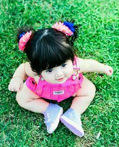 Small Cute Babies, Cute Little Baby, Little Babies, Baby Love, Pretty Kids, Beautiful Little Girls, Beautiful Children, Beautiful Babies, Cute Kids Pics