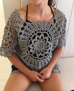 Doily crochet top Crochet Doilies, Crochet Lace, Knit Patterns, Clothing Patterns, Crochet Shell Stitch, Knitting Stiches, Crochet Shirt, Crochet Diagram, Crochet Woman