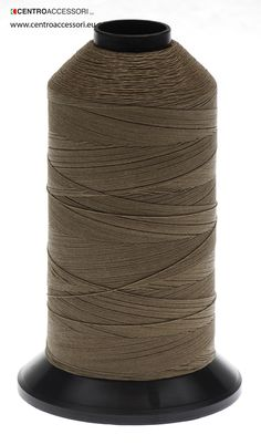 Filo policotone. Polyester with cotton wrap thread. #CentroAccessori