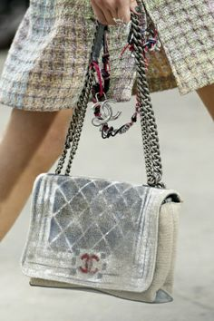Chanel - Spring Summer 2014 Ready-To-Wear - Shows - Vogue.it