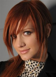 Ashlee Simpson copper red hair.