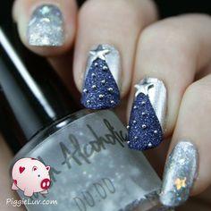 Christmas tree nail art with Isadora Silver Sparkles, Polish Alcoholic 00:00 and Zoya Sunshine