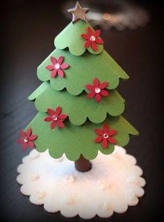 arbol navidad casero con cartulina