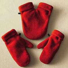 So cute and so cheesy, give these red fleece SMITTENS and you can hold hands no matter how freezing it is outside. If you can convince your man to walk around with you wearing these ... he's a keeper. One mitten for each of you and one in the middle to share. Dave Coulier from Full House loved this smittens. Him & news anchor Dena Centofonti were holding hands on set. Awwww. $35        Smittens.biz