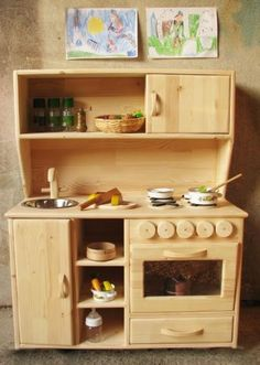 Teach Our Kids The Kitchens Life Using Wooden Play Kitchen:Dreamy Wooden Play Kitcheninteresting Wooden Play Kitchen by bertadeluca Wooden Play Kitchen, Kids Play Kitchen, Play Kitchens, Diy Karton, Old Wood Floors, Diy Cabinets, Wood Toys, Wooden Diy, Diy Toys