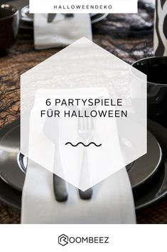 Halloween Party Food Ideas that'll scream out Halloween Party Kinder, Hallowen Party, Halloween Games, Halloween Party Decor, Halloween 2020, Halloween Make Up, Scary, Happy Birthday, Cards Against Humanity
