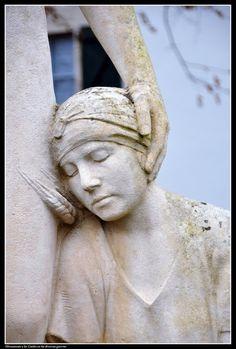 Monument aux morts. Ascain. Aquitaine