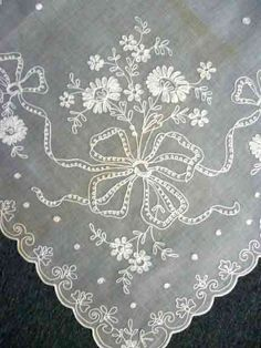 old lace tablecloth Tambour Beading, Tambour Embroidery, White Embroidery, Antique Lace, Vintage Lace, Lace Curtains, Linens And Lace, Heirloom Sewing, Lace Making