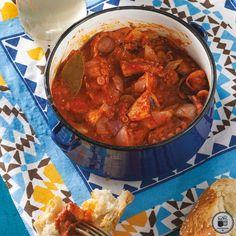 ΧΤΑΠΟΔΙ ΚΟΚΚΙΝΙΣΤΟ ΜΕ ΧΙΩΤΙΚΟ ΟΥΖΟ Good Food, Yummy Food, Chana Masala, Seafood, Curry, Cooking Recipes, Meals, Ethnic Recipes, Foodies