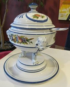 Vintage Italy Soup Tureen | ANTIQUE ITALIAN SOUP TUREEN & UNDERPLATE