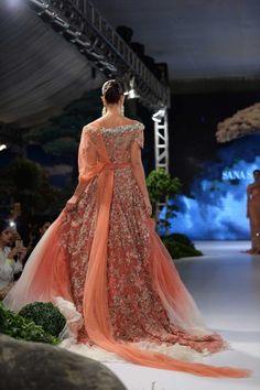 Bridals by Sana Safinaz at Fashion Pakistan Week 2017 Winter Festive - Karachista | Pakistani Fashion & Lifestyle Mag