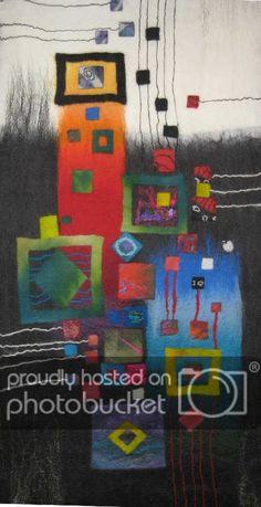 Dinge, die die Welt nicht braucht... - anaj - myblog.de Wet Felting Projects, Felting Tutorials, Needle Felted, Nuno Felting, Felt Wall Hanging, Felt Pictures, Creative Textiles, Textile Fiber Art, Wool Art