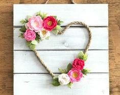 Ghirlanda di feltro, cuore rosa, battesimo, feltro fiori, matrimonio, fiore di feltro, decorazione della parete ricamate, scuola materna ragazza, arredamento camera da letto, stanza delle ragazze