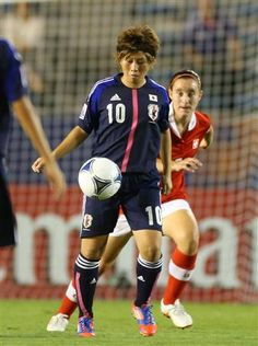 陽子FK2発!日本4発快勝/U-20女子W杯(11)
