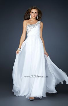 We Know you Love La Femme Dresses as Much as We Do! Find the Perfect La Femme Prom or Homecoming Dress of Your Dreams Today at Peaches Boutique Cheap Prom Dresses, Bridal Dresses, Bridesmaid Dresses, Long Dresses, Dress Long, Party Dresses, Ruffled Dresses, Ball Dresses, Ball Gowns