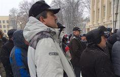 Титушка Беляков на организованном им митинге антимайдана в Ужгороде