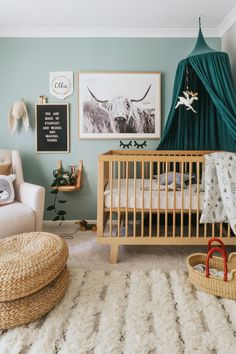 We have found these Interior Ideas for Baby Boy Rooms for you if you are getting ready to decorate your nursery for the newborn baby. The idea of the room is to provide the space necessary for a ne… Bohemian Baby Nurseries, Bohemian Nursery, Chic Nursery, Nursery Room, Nursery Decor, Apartment Nursery, Baby Bedroom, Baby Boy Rooms, Baby Boy Nurseries